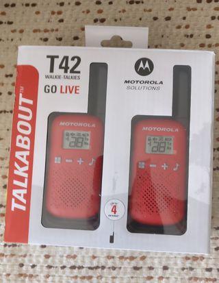 Motorola T42 Walkie Talkies