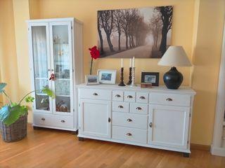 Muebles salón de madera maciza de pino