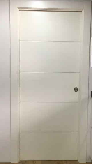 puerta corredera de 80 lacada en blanco