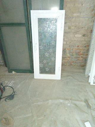 ventana aluminio blanca abatible cristal 4 mm