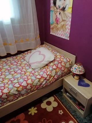 Armario, cajón y cama (sin colchón)