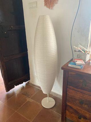 Lámpara de pie Ikea
