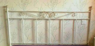 Decorativo cabecero de forja blanco 1,50 cms