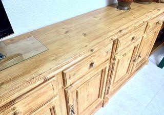 Aparador de madera maciza