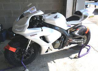 Honda CBR 1000 RR - Circuito