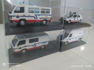coche y furgones policía
