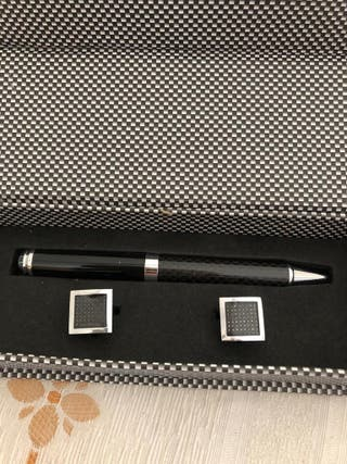 Bolígrafo y gemelos