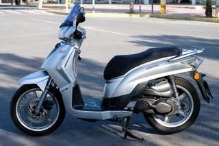 Moto scooter Kymco People S 200 i