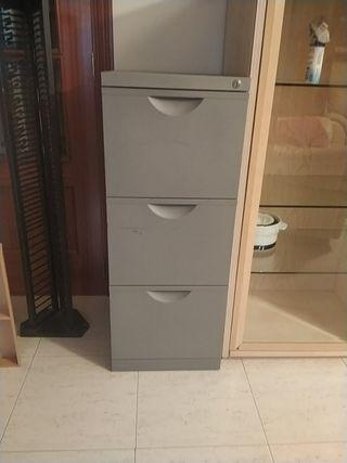 archivador metálico tres cajones