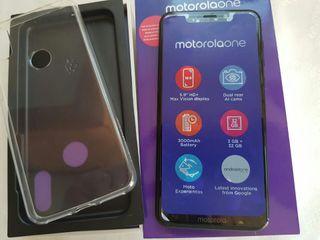 Motorola One, dual camera