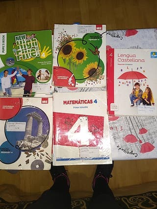 libros de cuarto de primaria. bastante usados