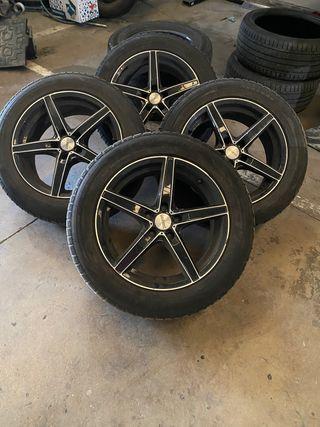 Llantas aluminio con neumáticos de nieve