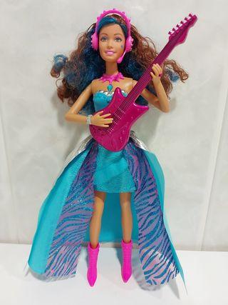 Muñeca Barbie rockera