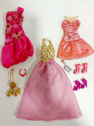 Ropa y complementos Barbie