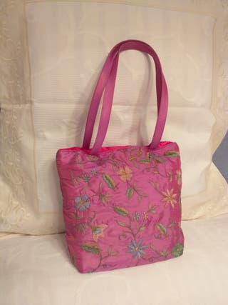 Bolso de fiesta color rosa