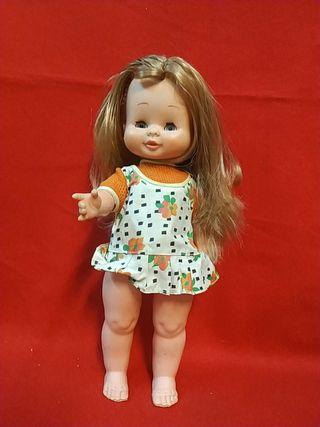 muñeca de famosa Mariloli