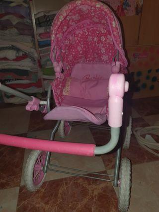 Carro de muñecas de la Barbie