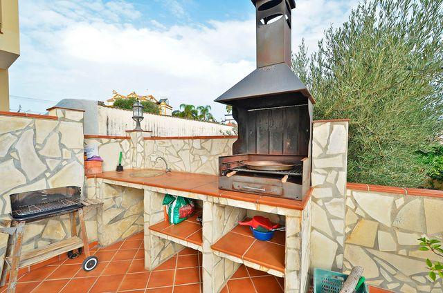 NERJA/VILLA CON PISCINA R:1204/STELA MARE (Nerja, Málaga)
