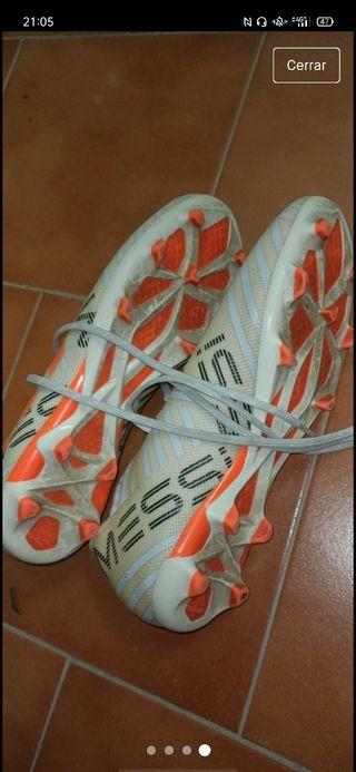 botas de futbol Adidas edición leo messi
