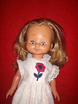muñeca meggy de famosa