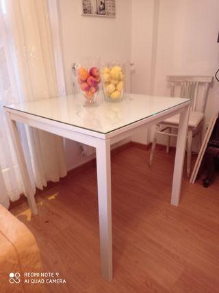 mesa Madera blanca cuadrada con cristal