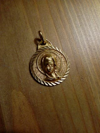 medalla oro virgen comunión