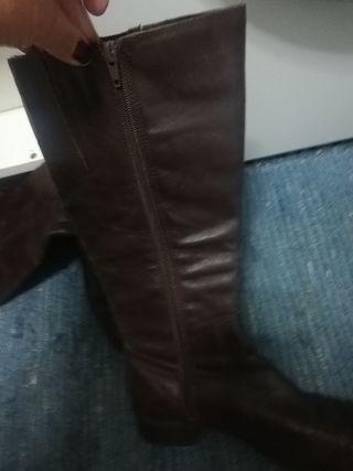 botas d piel