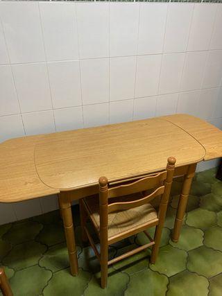 Mesa y día sillas de cocina