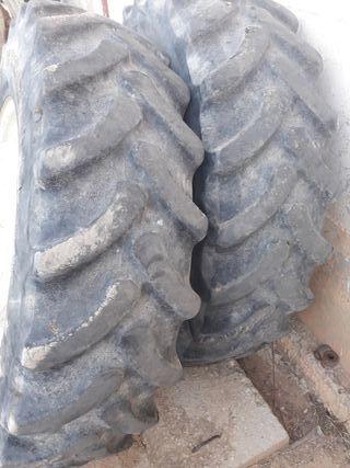 ruedas de tractor doble tracción