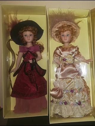 Muñecas de época