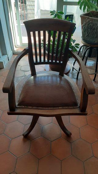 Antigua silla de oficina