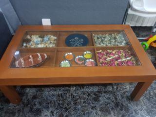 mesa de Salón urge vender
