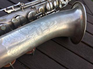 Saxo tenor stencil de la Conn