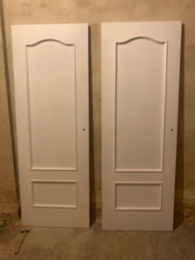 Puertas de madera y cristal