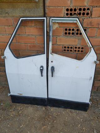 Dos puertas Vespa tricicle ape