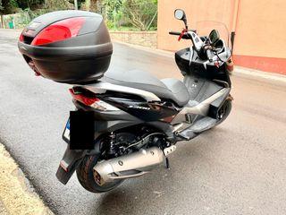 Kawasaki j300 negra