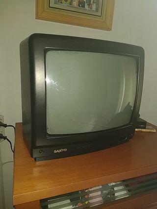 televisión de tubo imagen 14 pulgadas SANYO