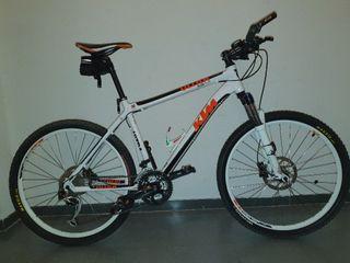 bicicleta MTB KTM ULTRA FLITE.