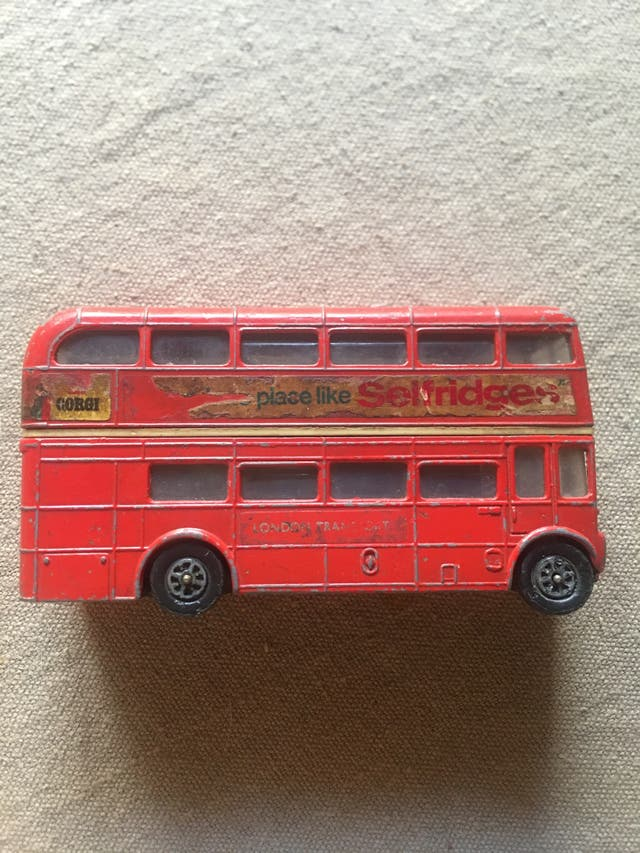 Antic Autobús anglès