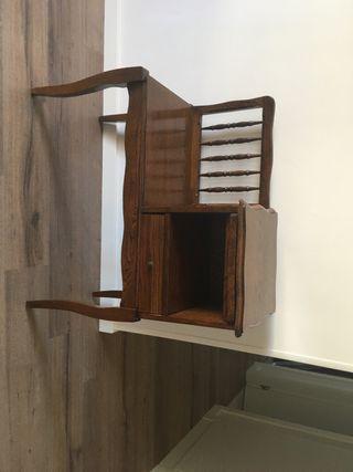 Mueble telefonero en perfecto estado vintage