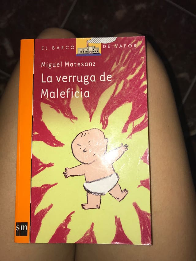 "Libro ""la verruga de maleficia"""