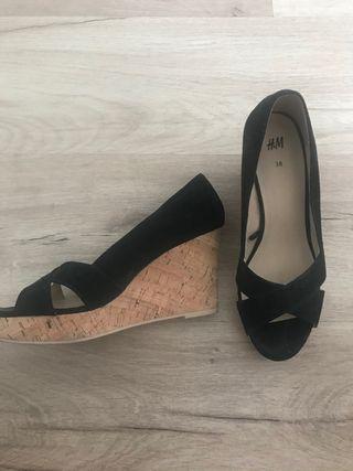 Zapatos negro cuña T 38