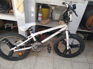 Bicicleta gt bikes air bmx