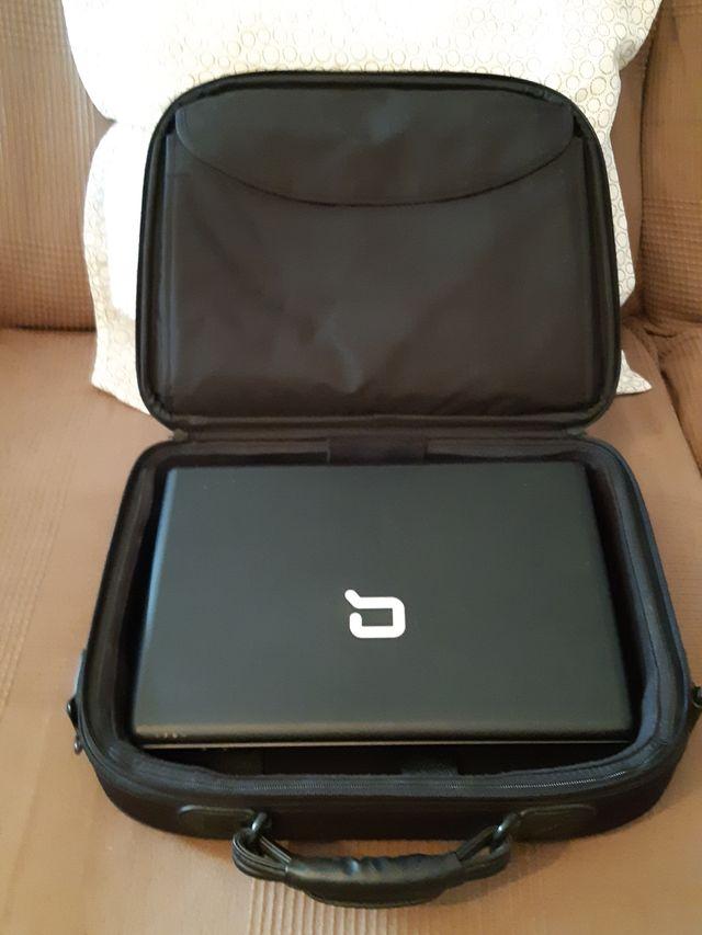 Portatil HP Compaq C700.