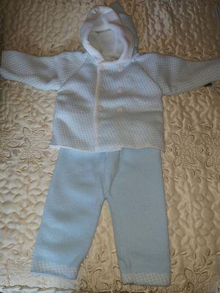traje invierno capucha bebe. talla 6 meses