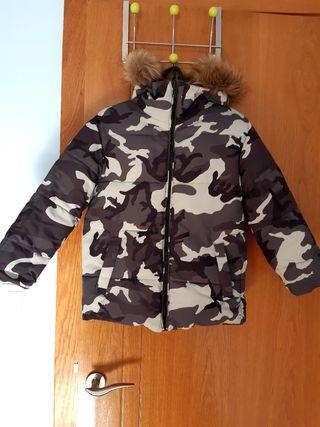 Abrigo reversible Zara talla 7 años