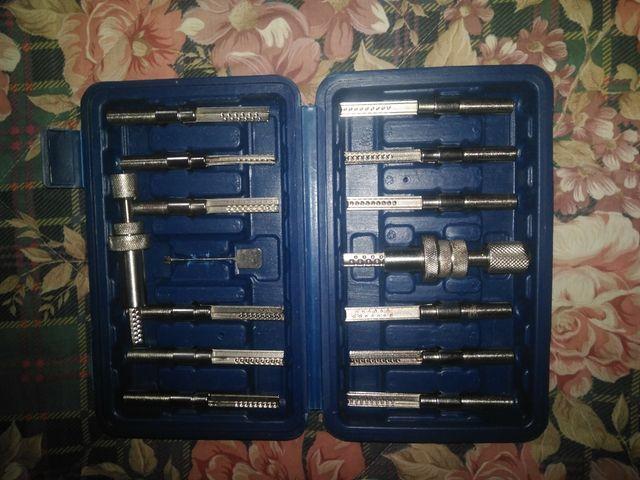 maletín de cerrajero para cerraduras multipunto .