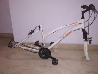 Cuadro bicicleta HORQUILLA SUSPENSIÓN,pedales,fren