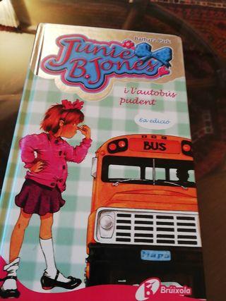 Junie B. Jones i l'autobus pudent.
