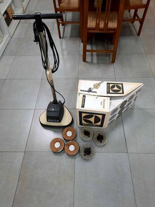ENCERADORA PULIDORA ELECTROLUX